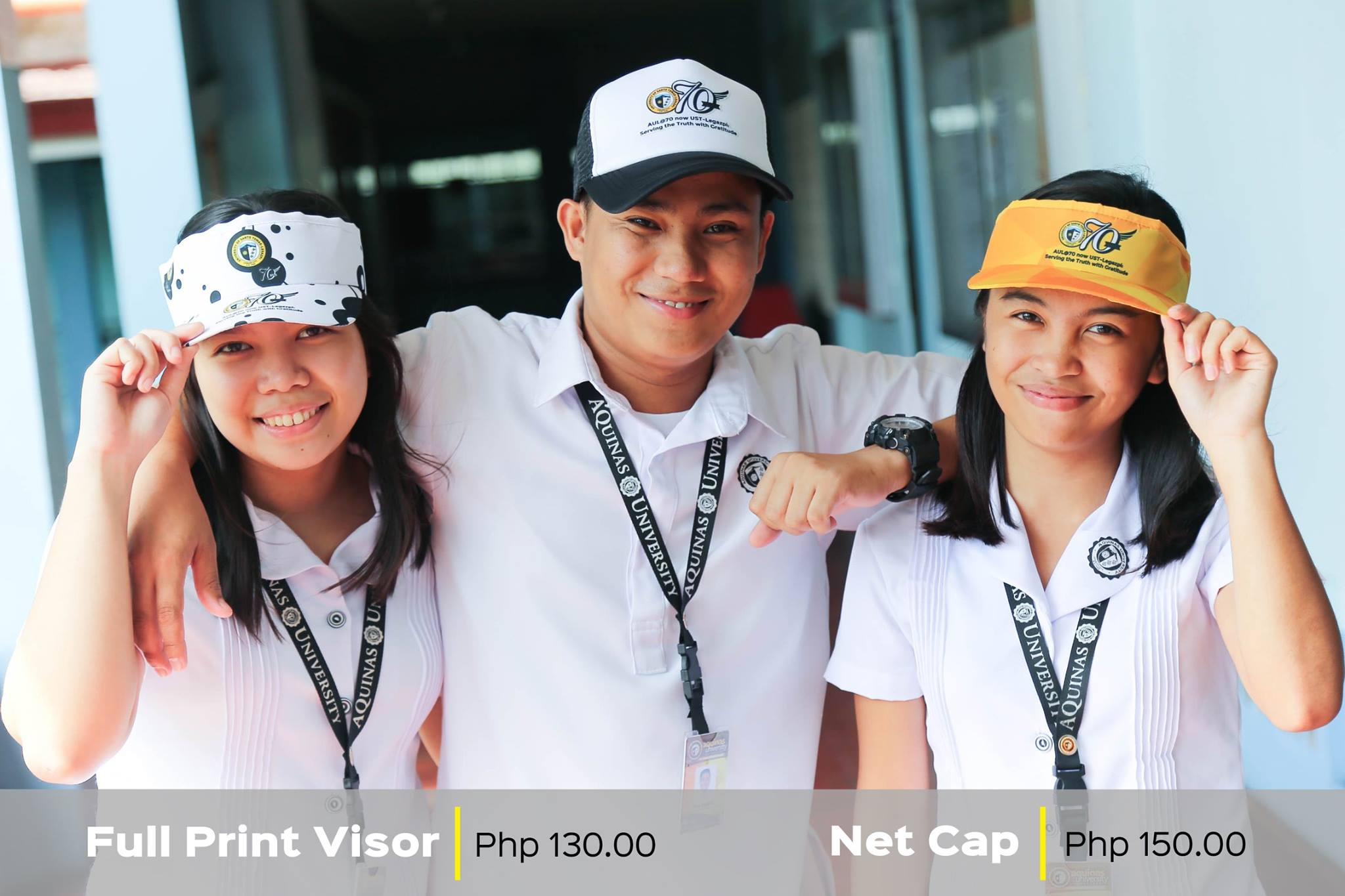 Commemorative Items for the 70th Founding Anniversary