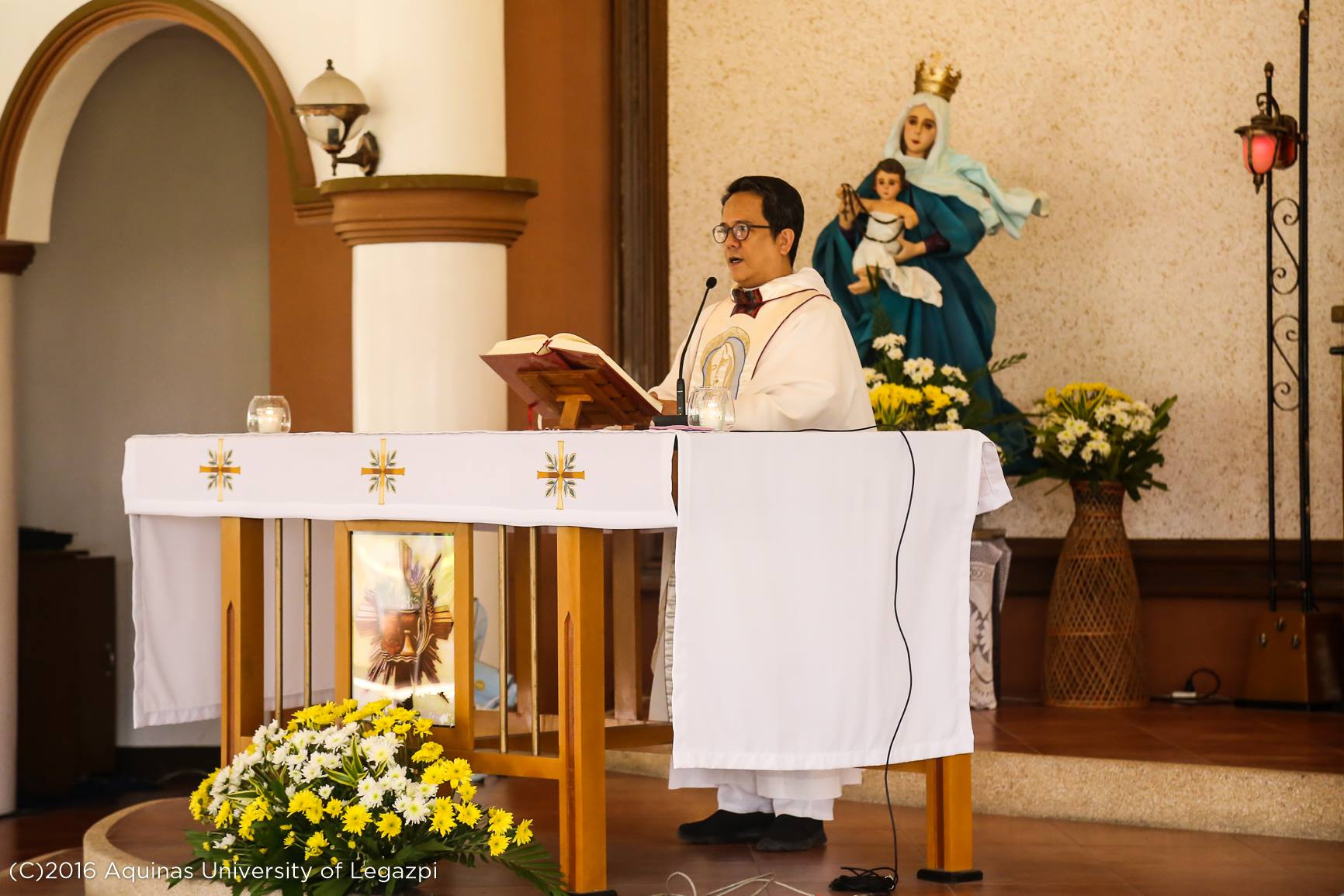 Mass in honor of Blessed Virgin Mary
